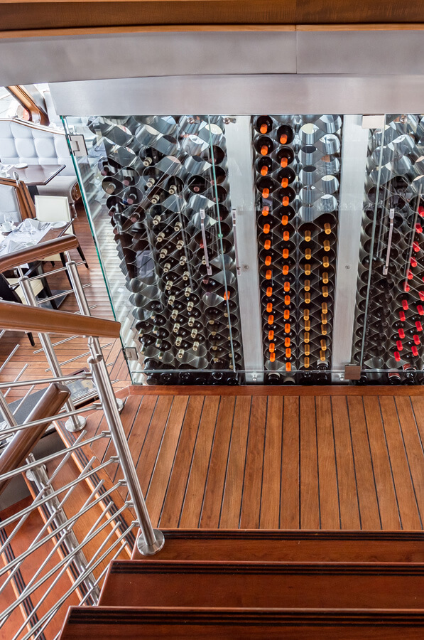Cellar wine - Escapades Memphrémagog - Cruises in the Eastern Townships