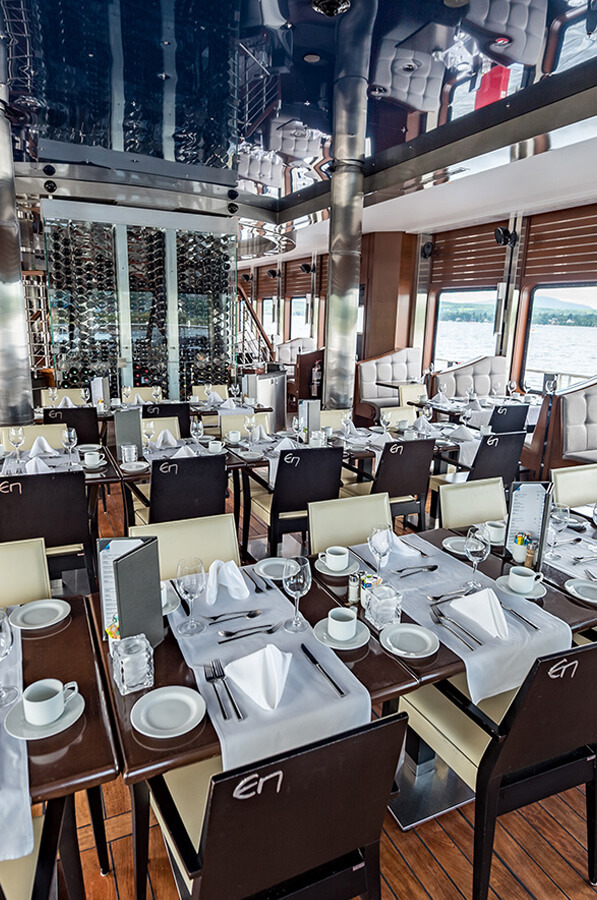 Grand Cru dining room - Escapades Memphrémagog - Cruises in the Eastern Townships